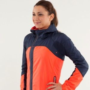 Lululemon Run Get Up & Glow Jacket Womens Size 10